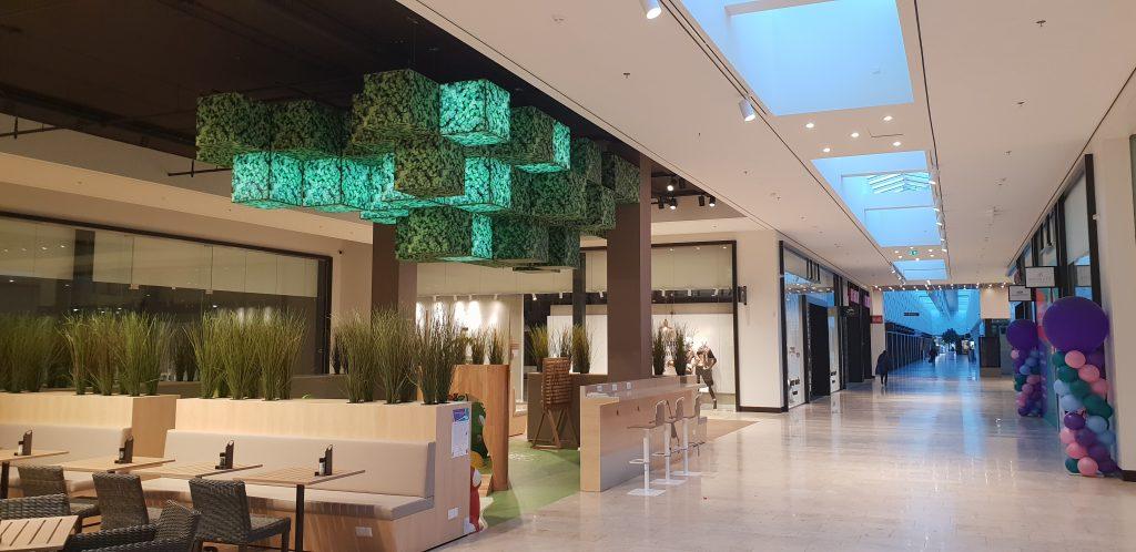 Plafonds in een winkelcentrum